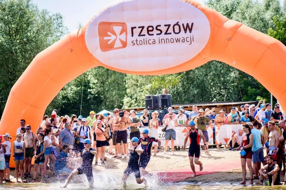 Logo Zawodów Triathlon Rzeszów 2021